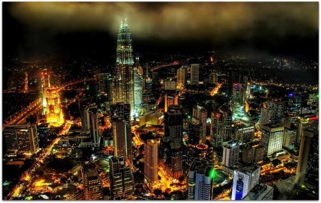 Malaysia-Petronas-Towers-Nightview.jpg2
