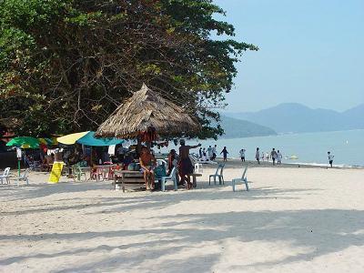 batu-ferringhi-beach-penang-malaysia-21284637
